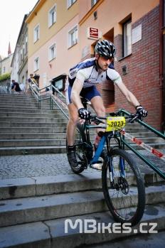 Před závodní sjíždění schodů :-)